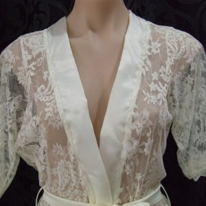 Stretch Lace Wrap
